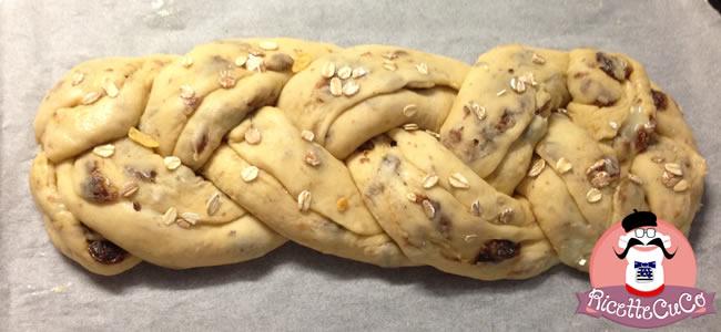 treccia brioche crema vaniglia uvetta fiocchi avena muesli monsier cuisine moncu moulinex cuisine companion ricette cuco bimby 2