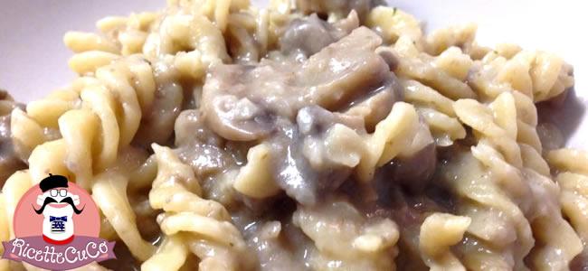 fusilli risottati funghi champignon microonde monsier cuisine moncu moulinex cuisine companion ricette cuco bimbPasta con Funghi Champignon con il Cuisine Companion y