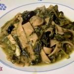 Pasta con Broccoli: Tria cu li Mugnuli, pasta fresca integrale con cavolo a campanella