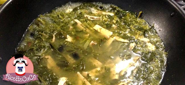 tria mugnuli salento cavolo a campanella brassica oleracea italica piatto tipico salentino puglia italia cucina salentina