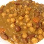 Zuppa di fagioli borlotti, ceci e farro