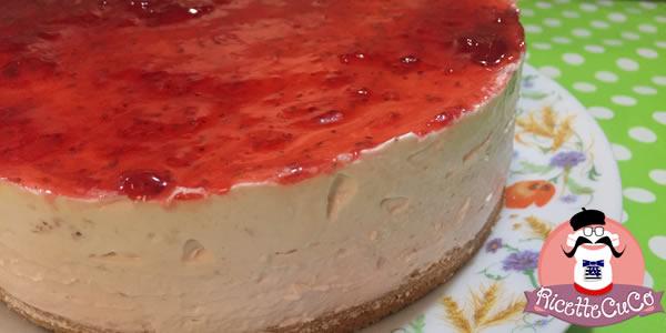 cheesecake alle fragole facilissima senza cottura senza colla di pesce senza gelatina  monsieur cuisine moncu moulinex cuisine companion ricette cuco bimby kcook multi